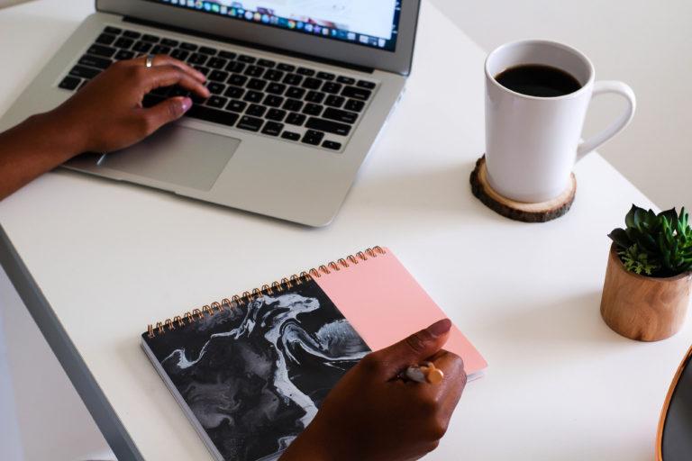 Using Website Builders To Design Your Blog